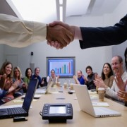 Call Center Etiquette: Excellence Every Agent Must Possess